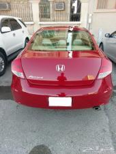 للبيع هوندا اكورد  كوبيه  2012 اللون أحمر