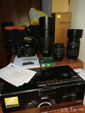 كاميرا نيكون D5200 لاتفوتكم معها اغراضها