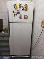 مكيفات وثلاجة نضيفه جدا للبيع