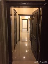 شقة للبيع في موقع مميز حي الزهراء_مدينة جدة