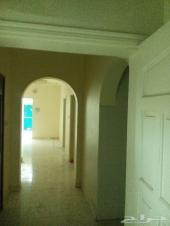 شقة 5 غرفة في العزيزية خلف بنك سامبا