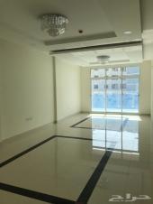 لإيجار شقة راقية كبيرة (جديدة ) بالبحرين