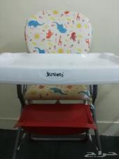 سرير اطفال نظيف