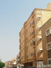 عمارة فاخرة استثماريه بمشرفه بجانب مجمع الشرق