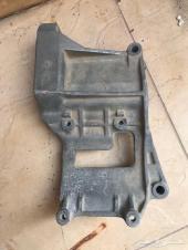 للبيع قطع هيلوكس من موديل 98 الى2005
