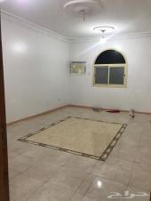 شقة للإيجار خمس غرف