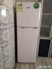 دولاب مطبخ وثلاجة