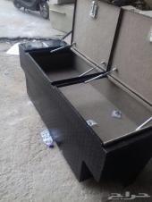 صندوق مع تانكي لرابتر