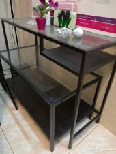 طاولات أثاث