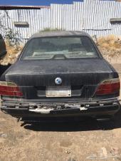 للبيع BMW 735 موديل 1998 الون اسود مطفي البيع