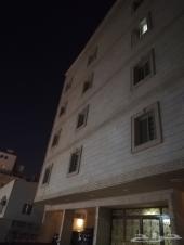 شقة 5 غرف نص دور 185م ب 515 الف