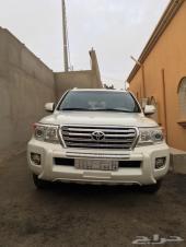 جيب لاندكروزر 2012 سعودي