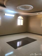شقة  خمس غرف بالفيصلية جديدة للبيع