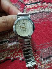 للبيع ساعة رادو وساعة انجور ( انكور) نسائية