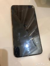 ايفون اكس اس ماكس 256 قيقا الشاشة  مكسورة