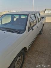سيارةددسن 2001