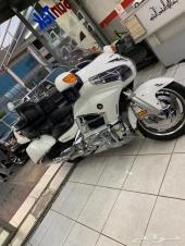 دراجة نارية هوندا قولد وينق