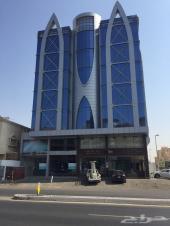 مكتب اداري روف في شارع الامير سلطان