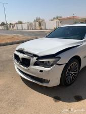 للبيع BMW 2009 مصدومه خفيف
