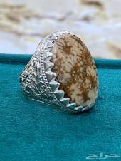 خاتم المرجان الاحفوري الطبيعي على فضه ملكييه