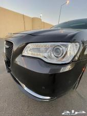 للبيع كرايسلر فل كامل ليمتيد V8 2016
