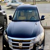 للبيع هوندا اكورد فل كامل 2011