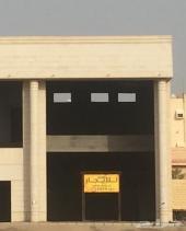 محل للايجار العزيزية طريق الملك سعود