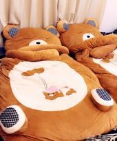 سرير اطفال على شكل دب