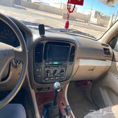 جيب لاندكروز موديل 2002 قير عادي 6 سلندر ماشي 500 وعليها