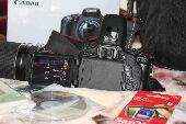 كاميرا كانون 600D مع عدسة 75-300