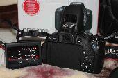 كاميرا كانون 700D استخدام اسبوع فقط شاتر133
