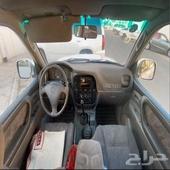 للبيع جيب لاندكلوزر موديل 2000 GX