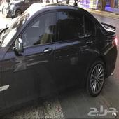 BMW LI 750 نظيفة جدا  مخزنة وممشى قليل جدا