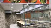 مطعم مضغوط ديكور جاهز للتقبيل بموقع مميز