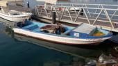للبيع عدد 3 قوارب صيد مع عدد 4 عمال نقل كفاله