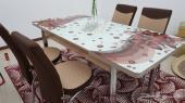 طاولة طعام و4 كراسي