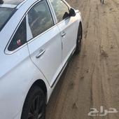 سوناتا 2016 السيارة فيها دق في الرصيف مطلع فيه الأرباق كمان