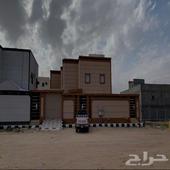 بيت دور وشقتين للبيع بحي الفيحاء