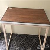 طاولة للبيع جديده