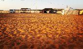 مخيم للأيجار في نفود المزاحمية