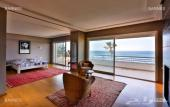 قصر فخم للبيع في  المغرب على البحر