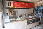 مطعم للتقبيل مشويات وشاورما وعصيرات