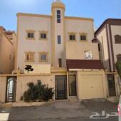 عماره دور و4 شقق للبيع حي الموسى عمرها 9 سنوات خميس مشيط