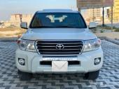 لاندكروزر GXR فل كامل 2014 سعودي 8 سلندر