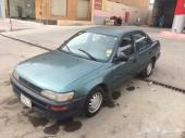 للبيع سيارة تويوتا كورولا موديل 1996