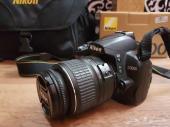 للبيع كاميرا نيكون Nikon D3000