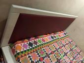 سرير مزدوج كبير  نظيف جدا للبيع
