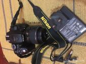 كاميرا نيكون للبيع مستعجل