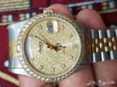 للبيع ساعة ذهبية جميلة انيقة