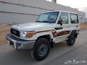 للبيع ربع 2017 سعودي أبيض S-DLX نظيف